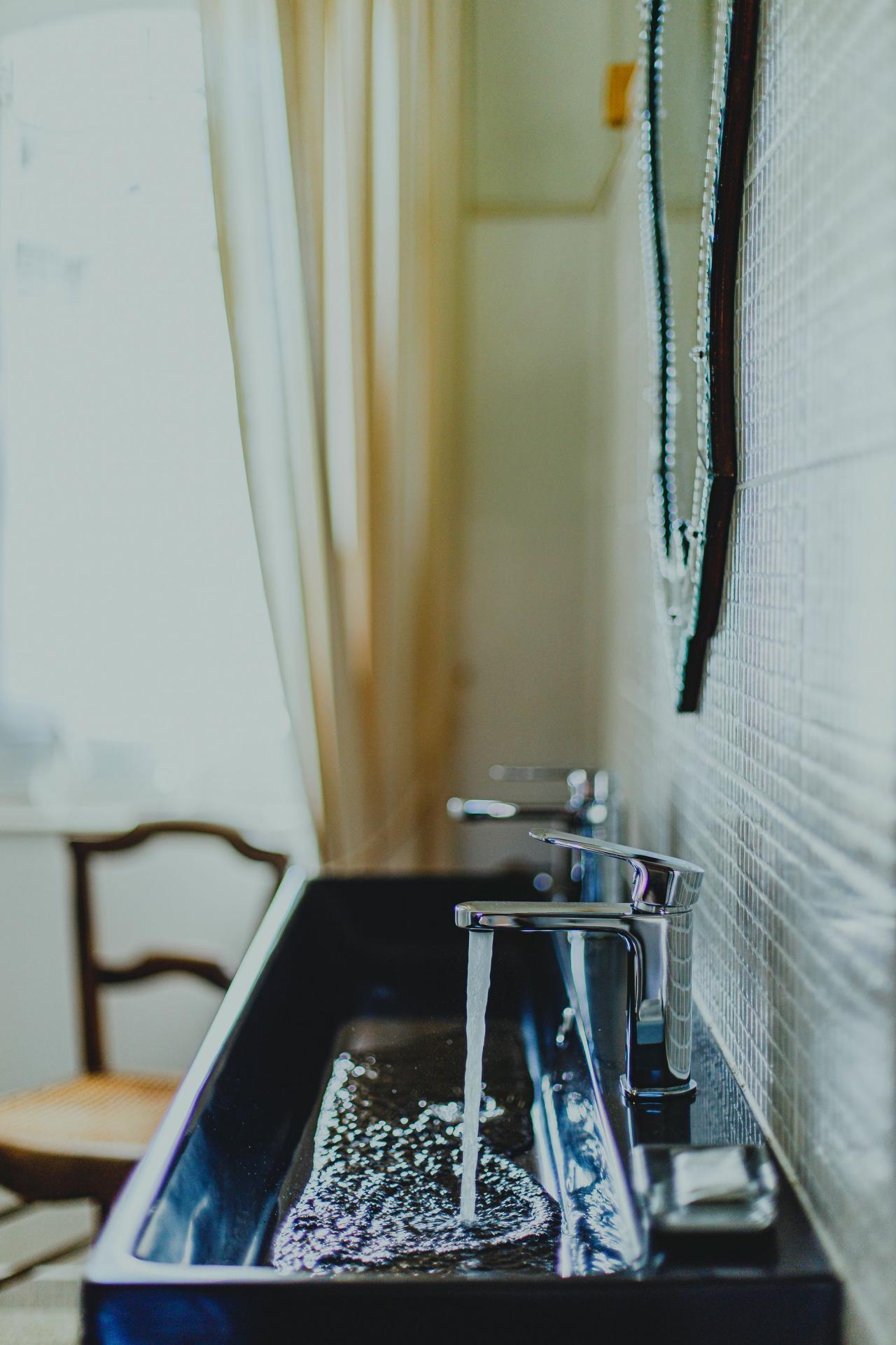 Bathroom Antoinette