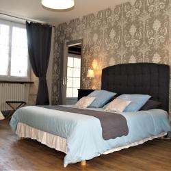 Antoinette's bedroom